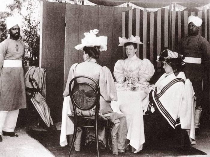 Слуги-индусы королевской семьи. | Фото: antebellumgallery.blogspot.com.
