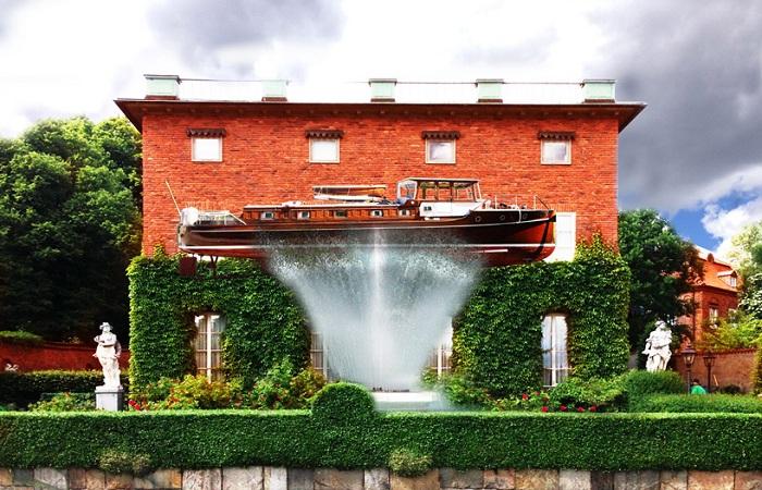 Новая «фишка» ландшафтного дизайна в Швеции - корабль-фонтан.