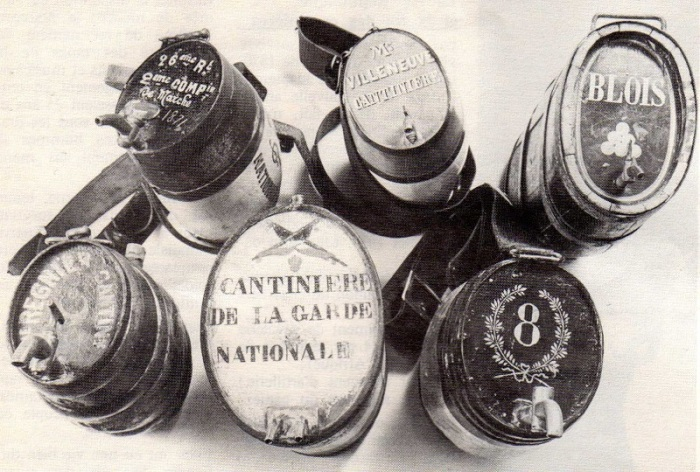 Бочонки, в коÑ'Ð¾Ñ€Ñ‹Ñ Ð¼Ð°Ñ€ÐºÐ¸Ñ'анÑ'ки продавали вино в поÑодаÑ.