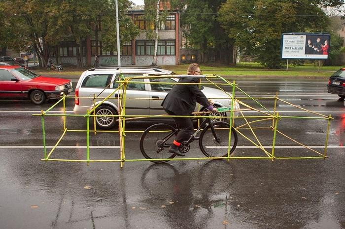 Наглядная демонстрация того, сколько места занимает один автомобиль.