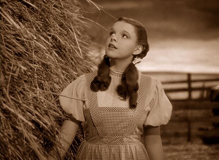 Judy Garland в роли Дороти. | Фото: yourentertainmentnow.com.