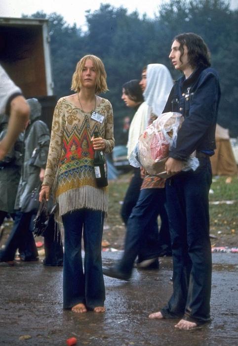 Молодые люди были основными посетителями рок-фестиваля.
