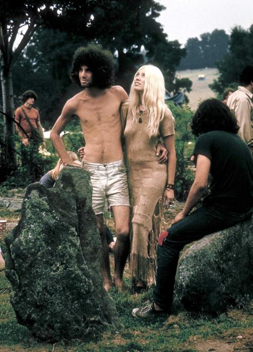 На рок-фестивале Вудсток пропагандировалась свободная любовь.