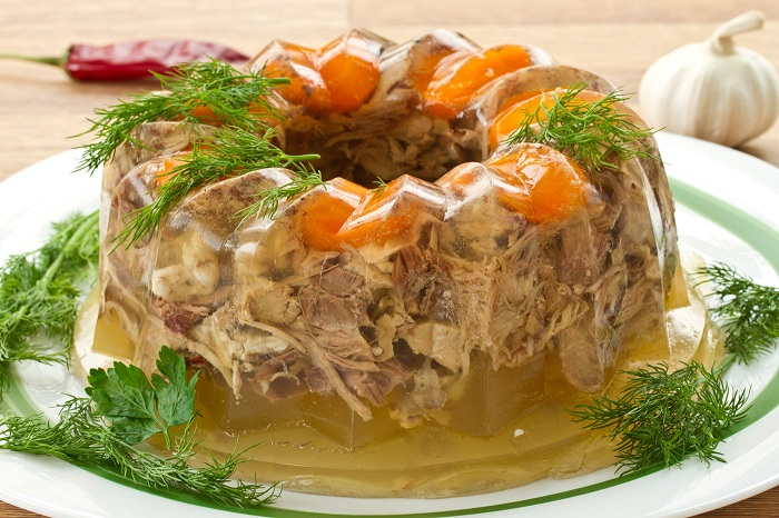 Холодец - суп из куриных лапок. | Фото: 3secrets.ru.