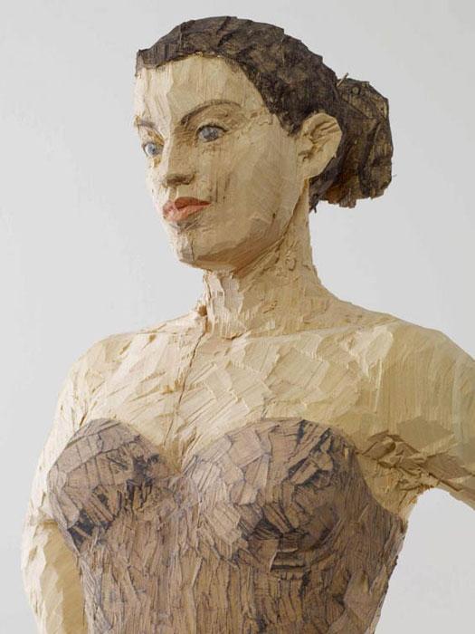 Скульптуры, изображающие самых обычных людей.