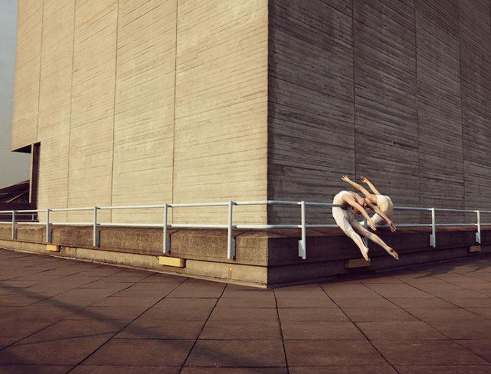 Фото танцоров от Bertil Nilsson.