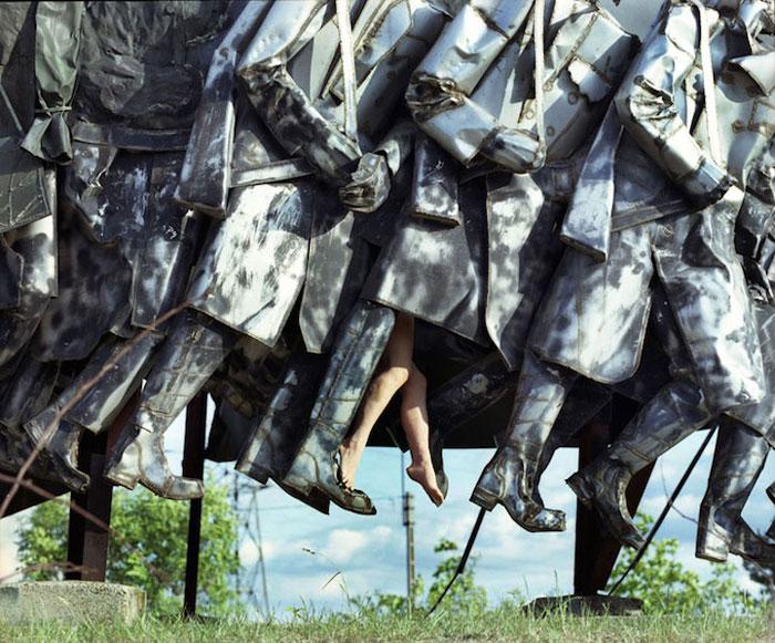 Нестандартные фото со статуями.