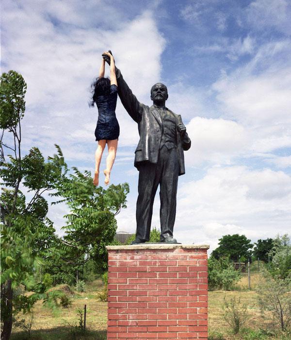 Снимки со статуями от Liane Lang.