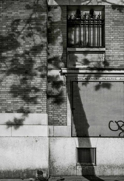 Фотографии теней от Michael Wolf.