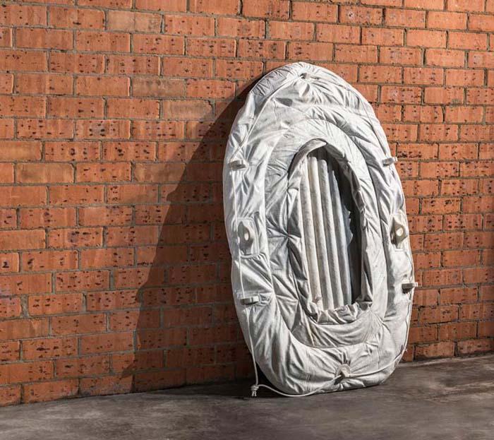 Скульптуры, высеченные из мрамора.