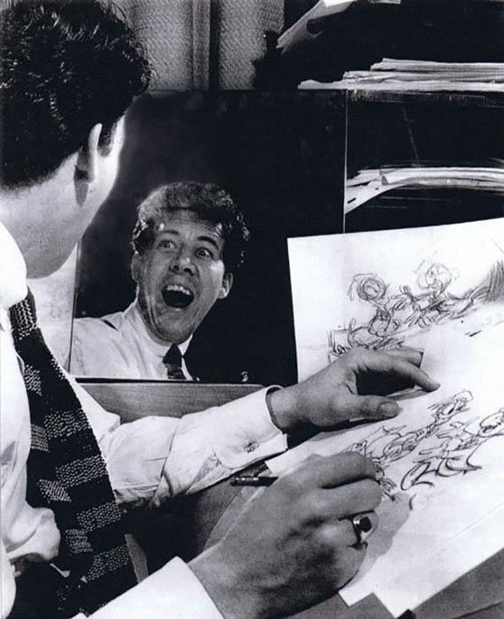 Снимки художников Disney за работой.