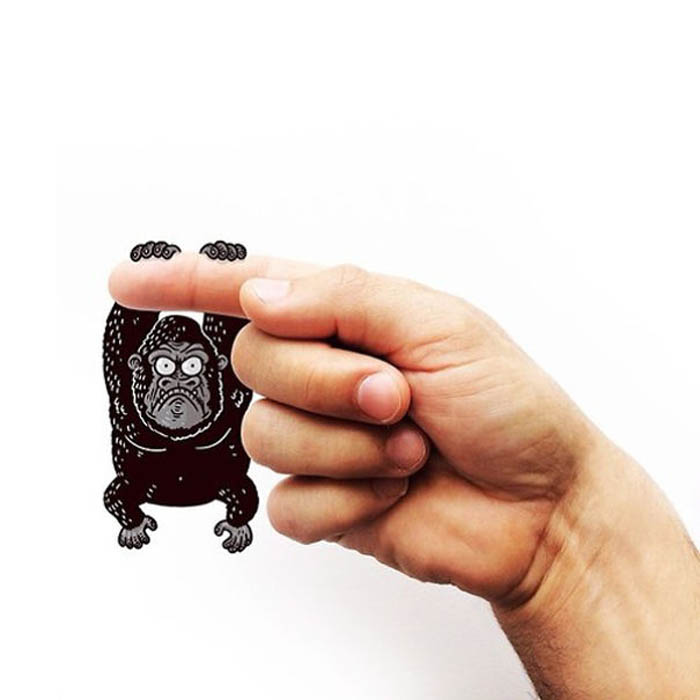 Gorilla - буква G.