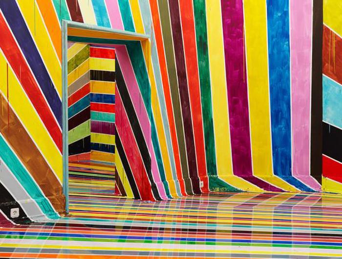 Яркая инсталляция от Markus Linnenbrink.