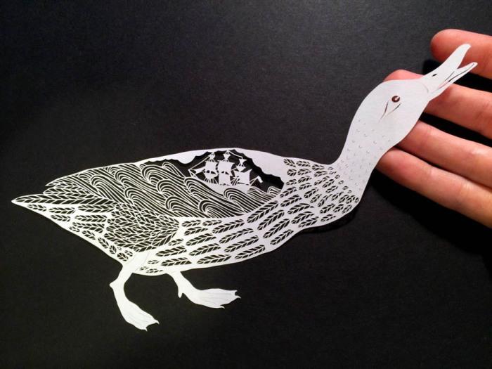 Потрясающие композиции, вырезанные из бумаги.