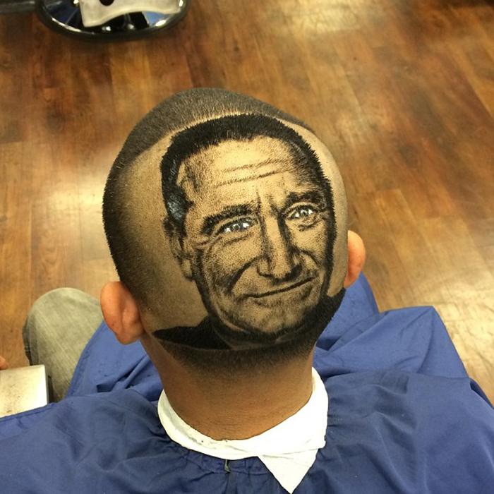Roberto Perez занимается не только стрижкой и бритьем, но и окрашиванием волос – при этом самая замысловатая фантазия клиента будет удовлетворена. - rob-original-hair-2