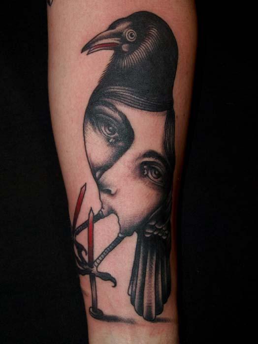 Татуировки в стиле сюрреализм.
