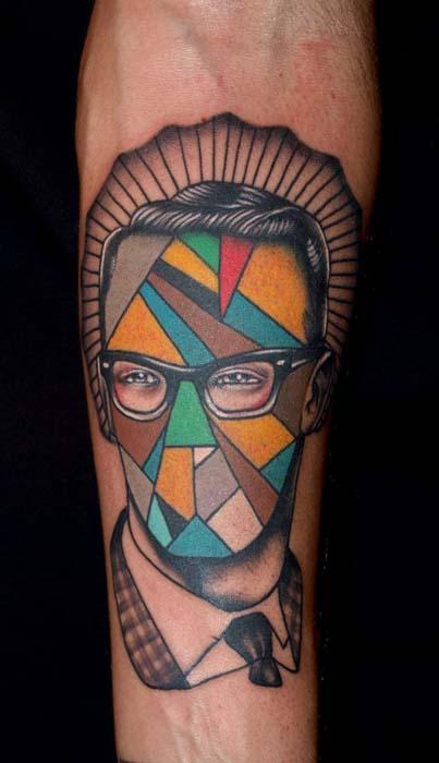 Современные модные татуировки.