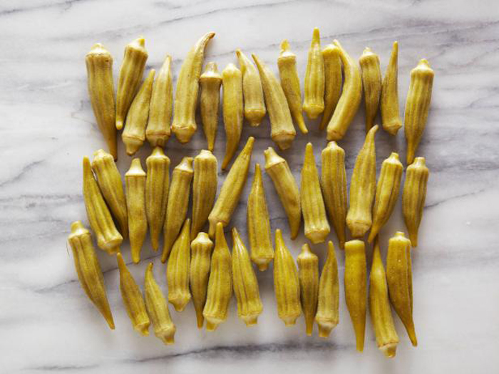 43 приготовленных на пару бамий (дамские пальчики) = 100 калорий.