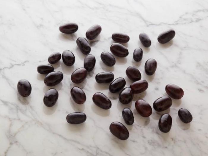 33 виноградины без косточек = 100 калорий.