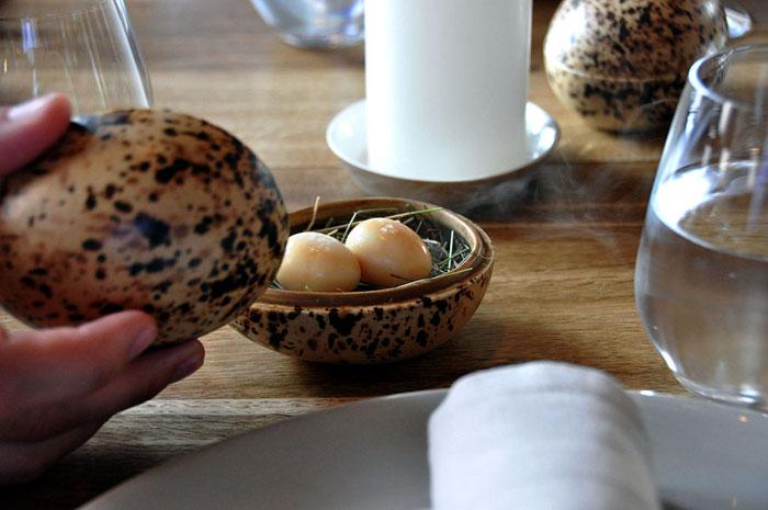Маринованные копченые яйца перепелов.