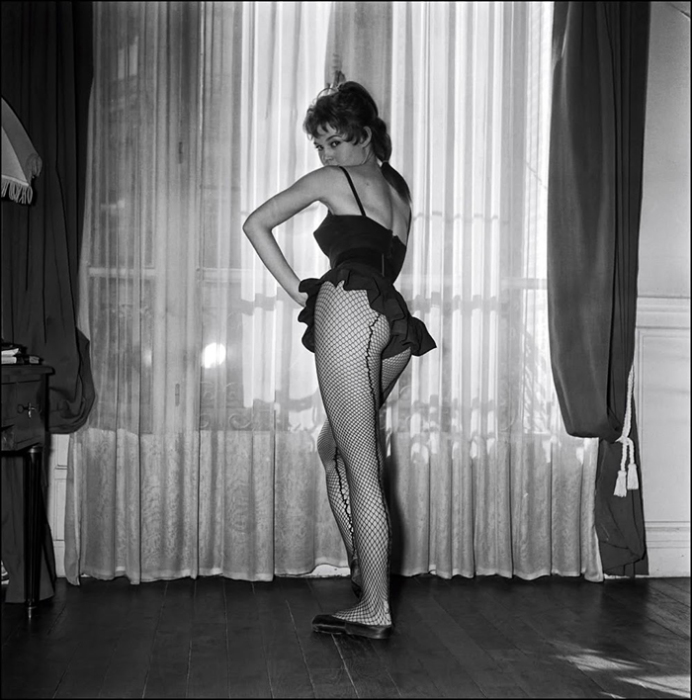18-летняя Бриджит Бардо. Фото: Walter Carone.