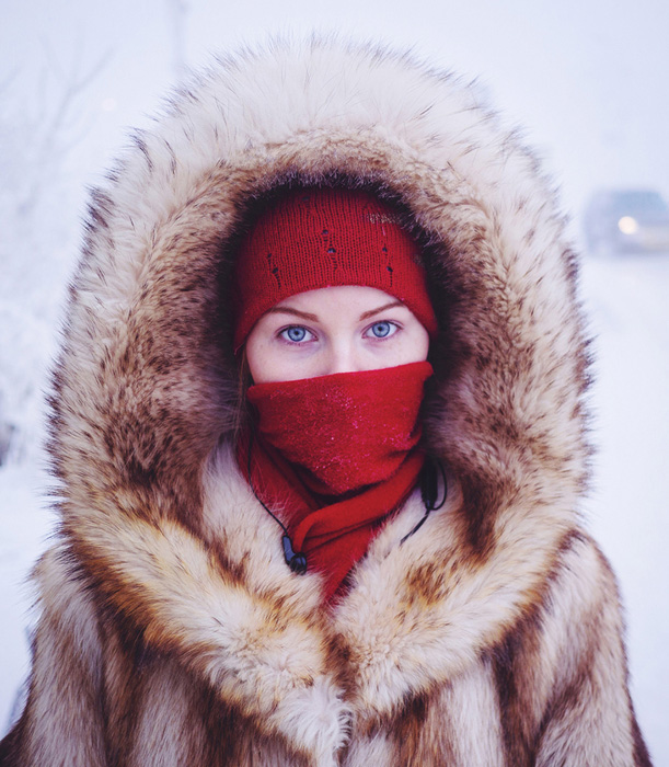 Одеваться в Якутии зимой следует по-настоящему тепло.