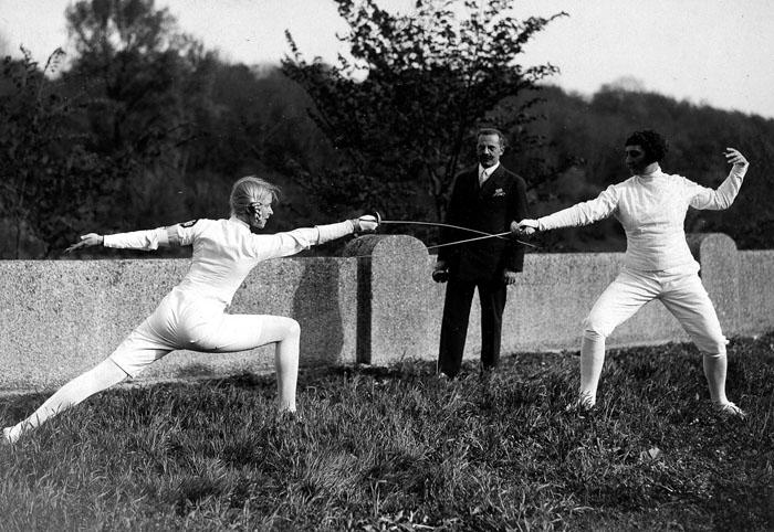 Helene Mayer во время тренировки. 1927 г.
