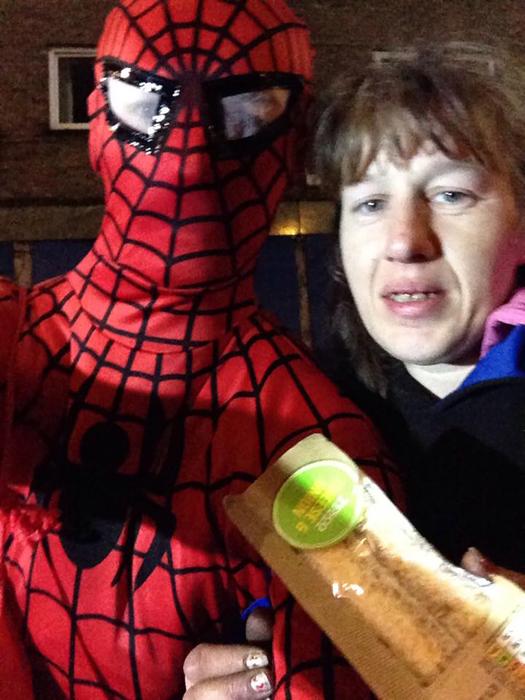 Селфи с супергероем.