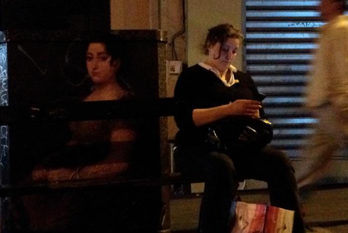 Париж. Женский портрет из Лувра.