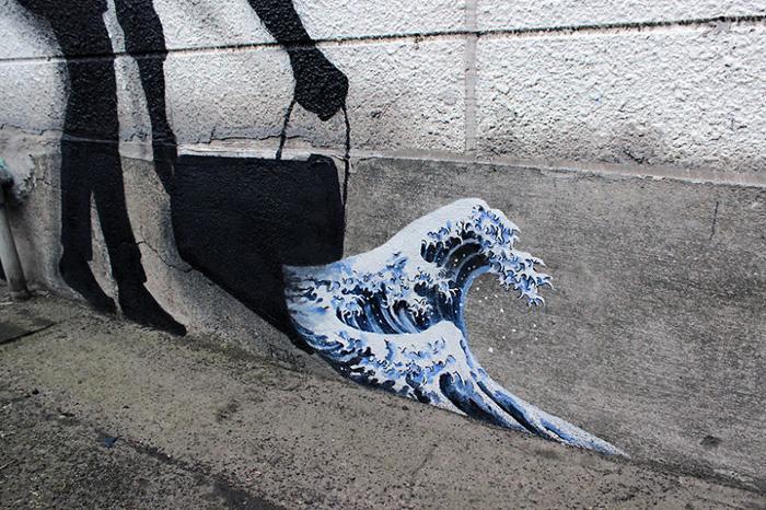 В каждом живет художник. Автор: Pejac.