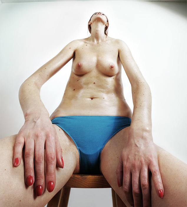 Необычный подход к фотографии человека.