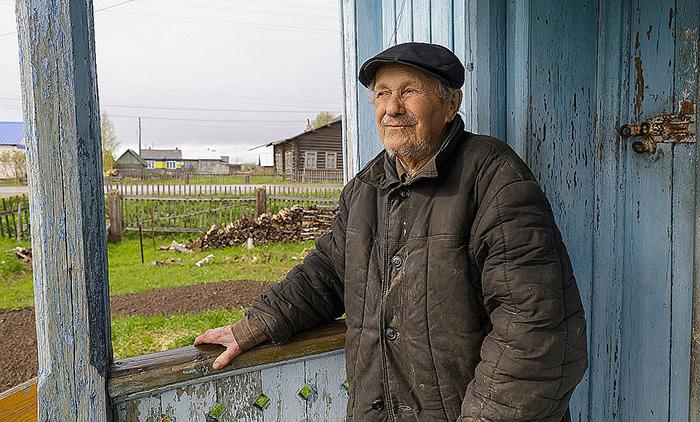 Евгений Васильевич Попов.