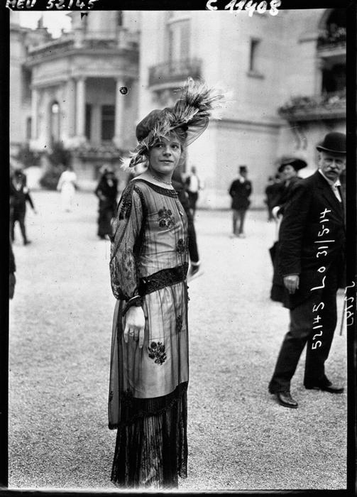 Туника поверх юбки. 1914г.