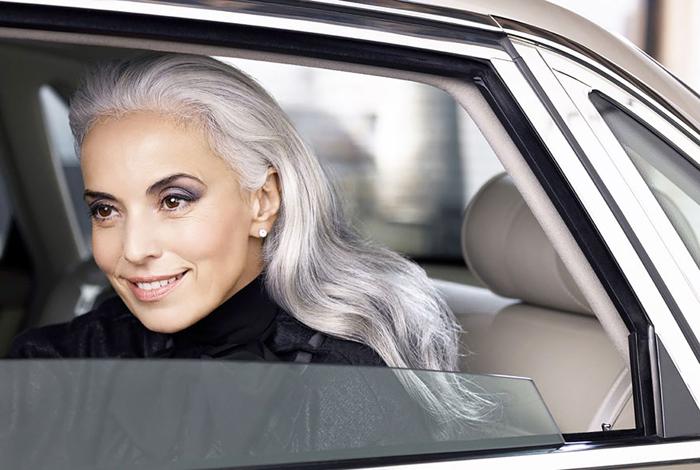 Ясмина Росси, 59 лет, модель.