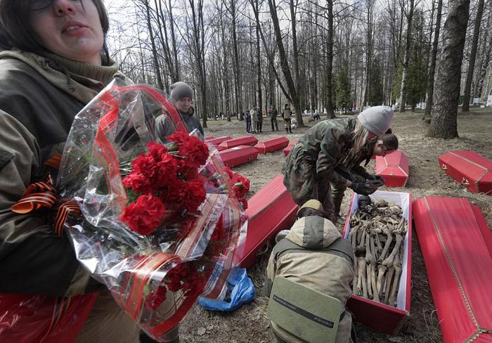 Большинство погибших бойцов, найденных волонтерами, так и остались неопознанными.