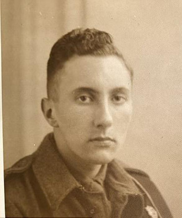 Портрет Питера Дейвиса в молодости.