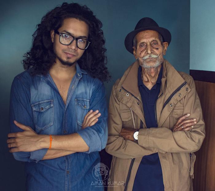 Амар Кумар (фотограф) и его 96-летний дедушка.