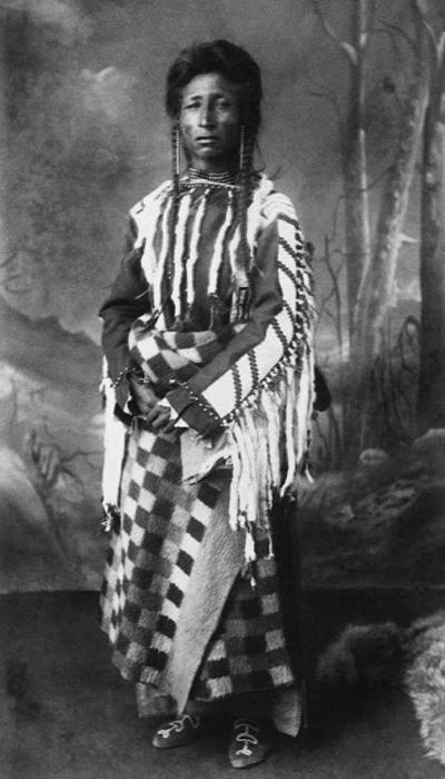 Мужчина племени Сарси, 1887 г.  Автор фото: Alex Ross.
