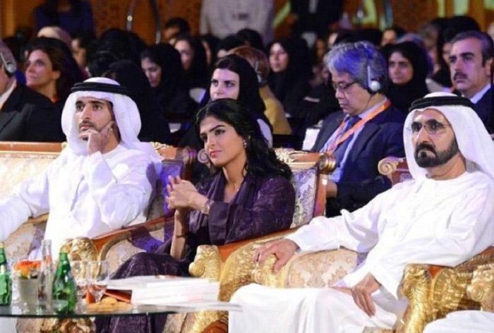Амира посетила более 70 стран мира с серией встреч, призванных изменить имидж саудовской женщины в глаза общественности.
