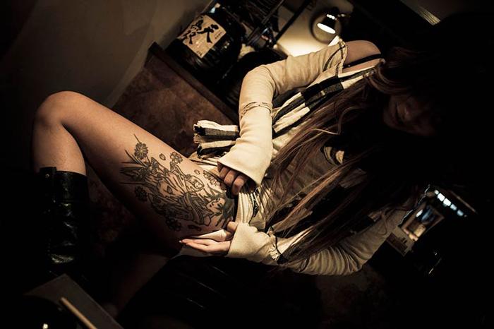 Девушка якудза.  Автор фото: Anton Kusters.