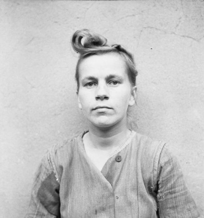Элизабет Фолкенрат, глава охраны в концлагере. Приговорена к смертной казни, была повешена 13 декабря 1945 года.