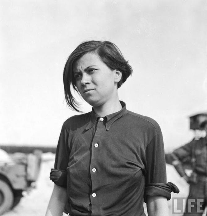 Аннализе Кольманн, известная своей жестокостью во время службы в охране СС, после освобождения концлагеря стала сама заключенной.