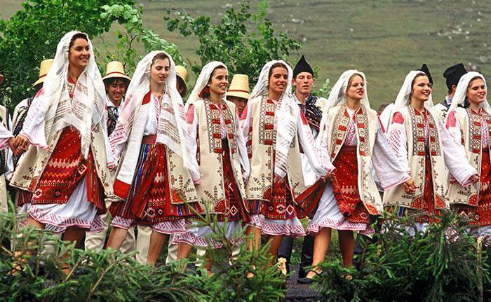 Национальная одежда Румынии.