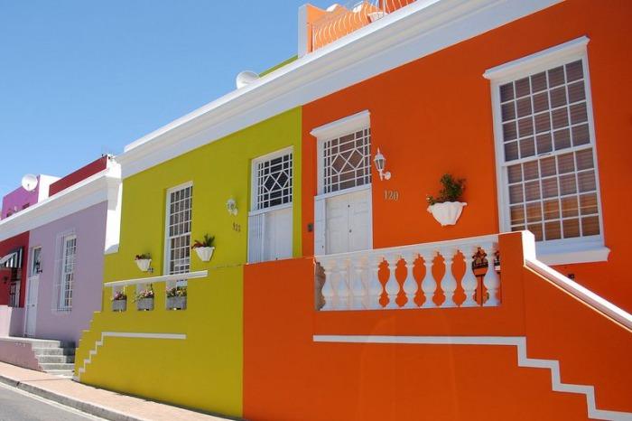 Яркие цвета домов района Бо-Каап.