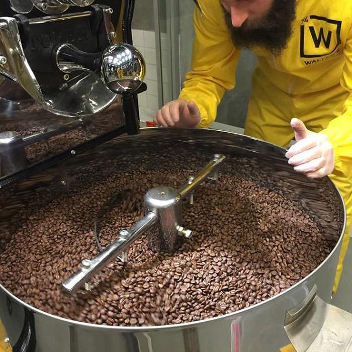 Суперлаборатория по изготовлению кофе.