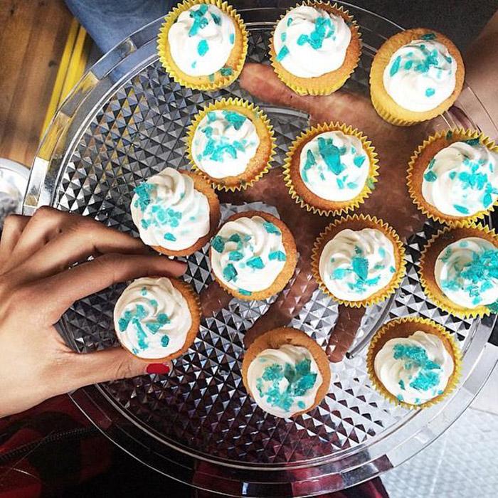 Кексы с *голубым метамфитамином*.