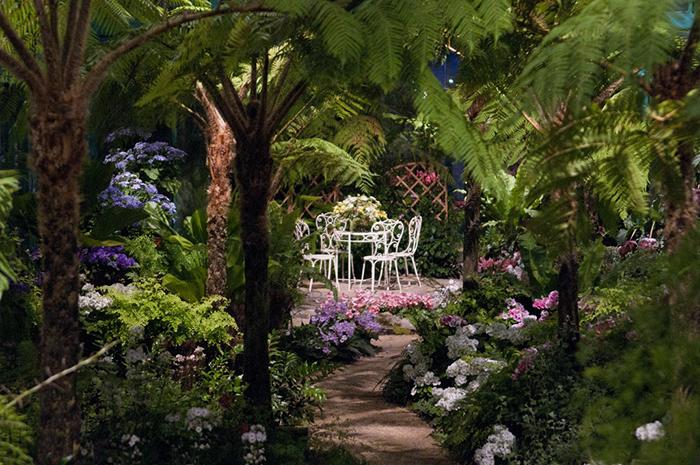 The Royal Greenhouses ofLaeken.