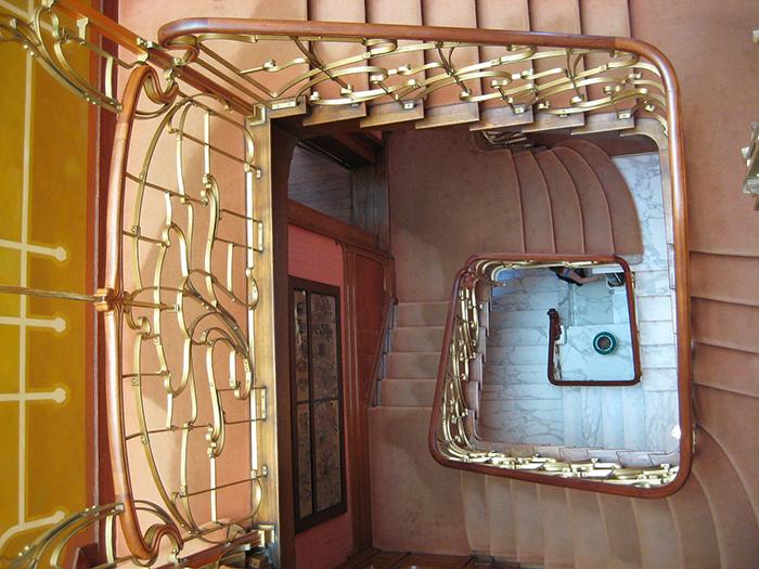 Лестница в музее Орта.
