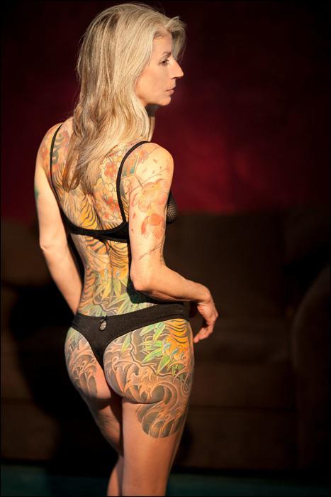 Женское тело может быть привлекательным в любом возрасте. Фото: Michael Helms Photography.