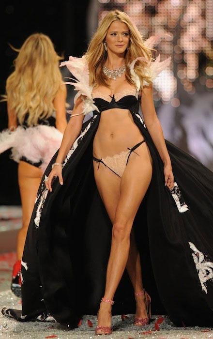 Модель для Victoria's Secret.